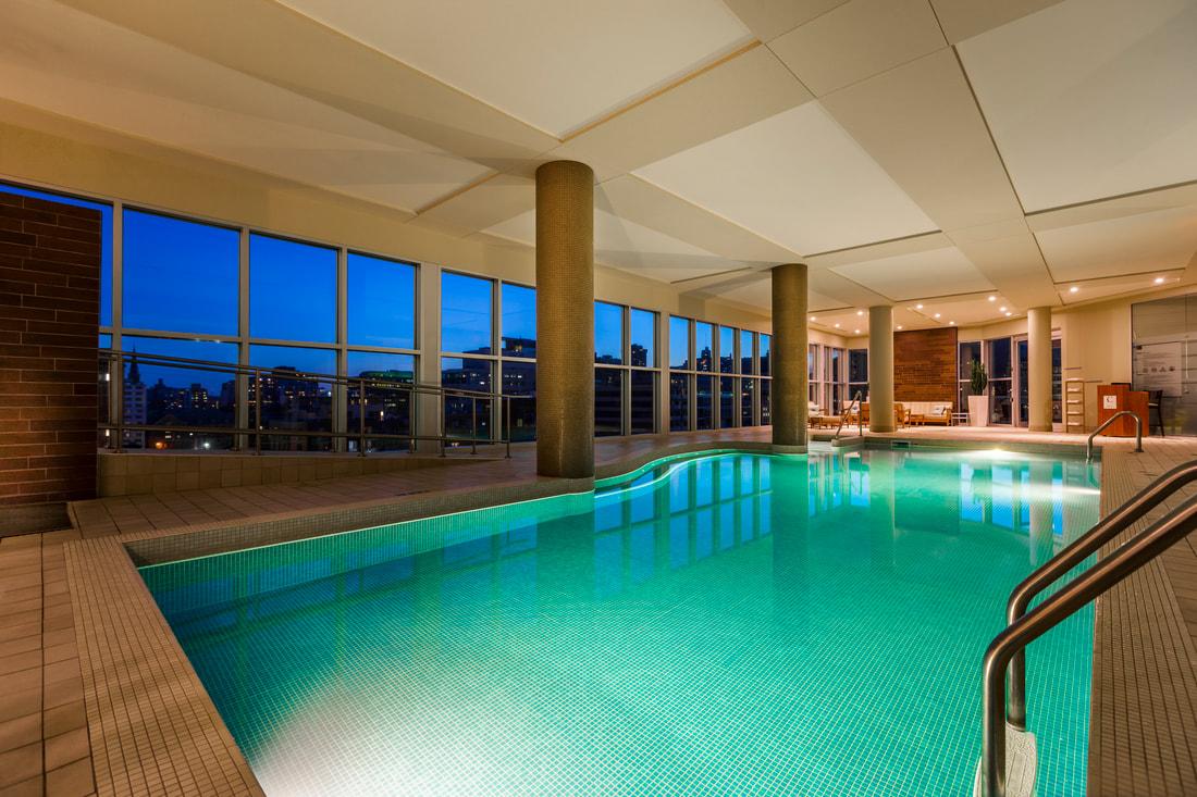 pool-night_4_orig.jpg