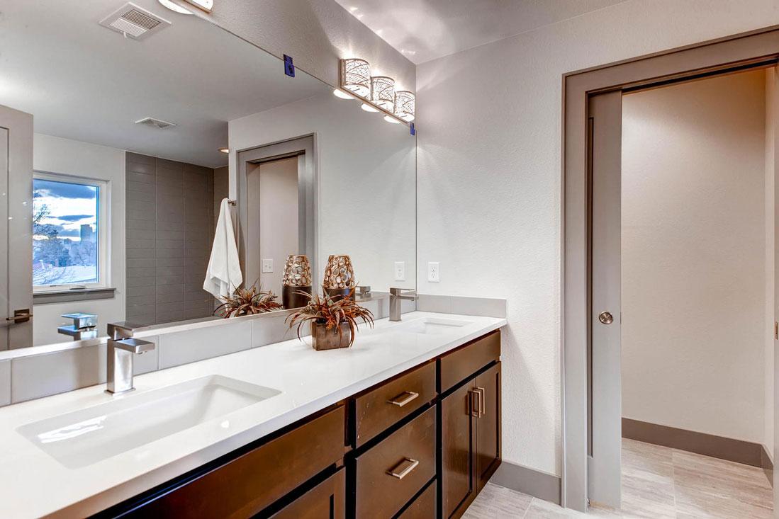 2750-Columbine-St-Denver-CO-large-016-13-2nd-Floor-Master-Bathroom_1000x733.jpg