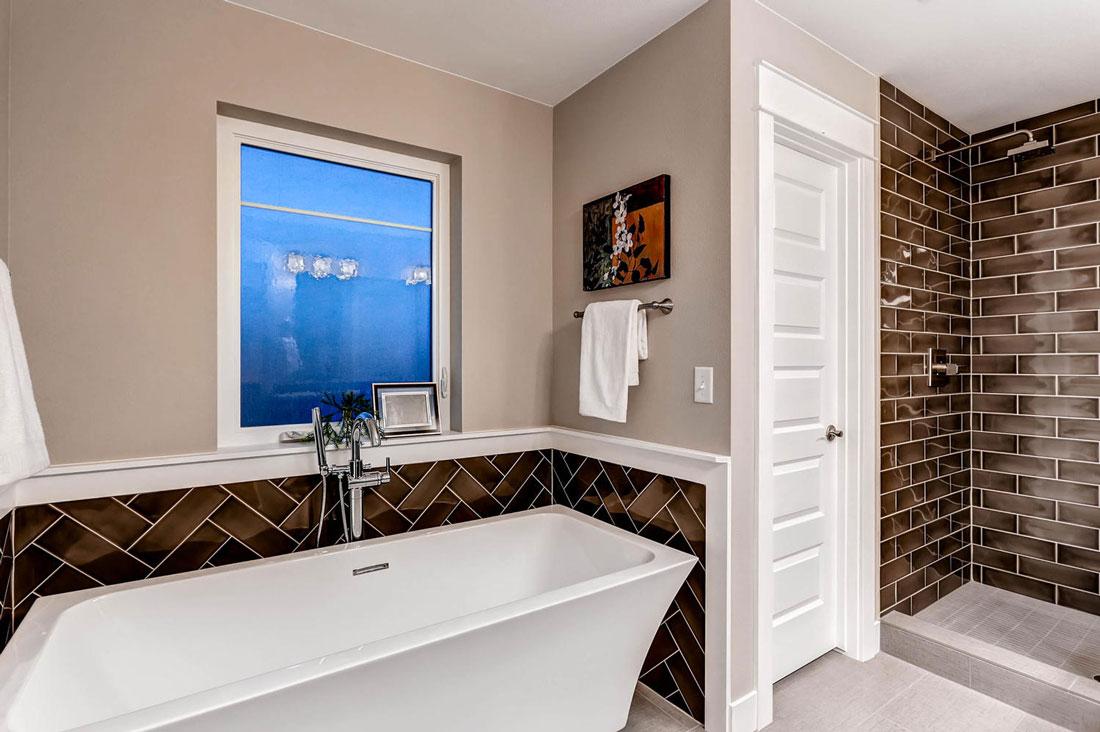2760-Columbine-St-Denver-CO-large-018-20-2nd-Floor-Master-Bathroom_1100x733.jpg
