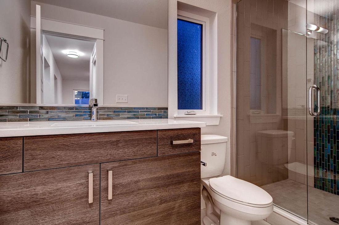 3375-S-Cherry-St-Denver-CO-large-015-15-Bathroom_1100x733.jpg