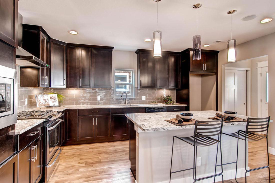 3324-Vine-St-Denver-CO-80205-large-011-11-Kitchen_1100x733.jpg