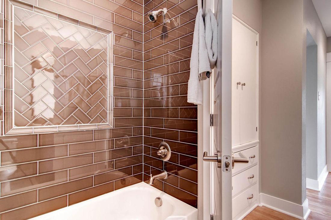1925-S-Lincoln-St-Denver-CO-large-018-18-Master-Bathroom_1100px.jpg