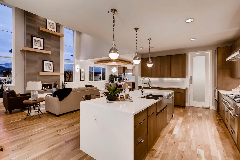 135 S Hudson St Denver CO-large-012-21-Kitchen-1500x1000-72dpi.jpg