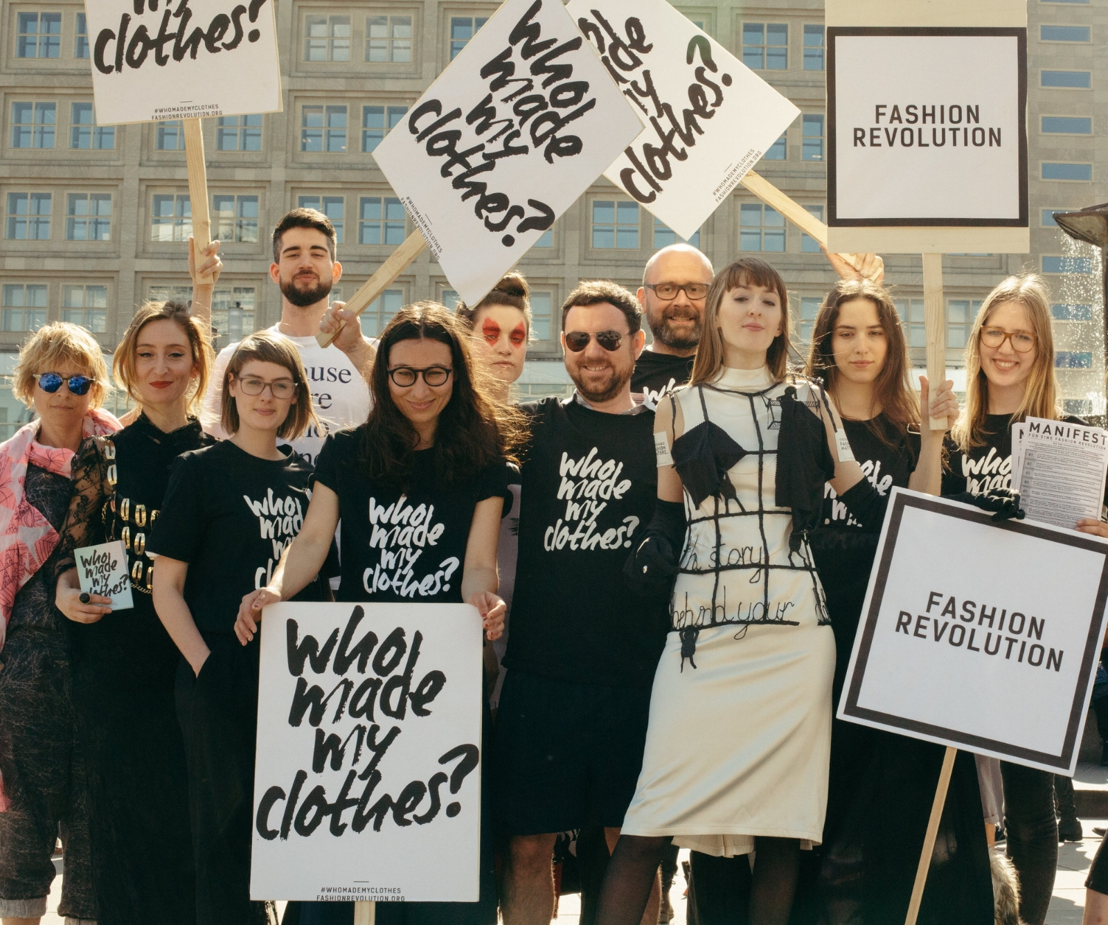 Group photo after the Fashion Revolution flash mob show in Berlin 2018 /captured by Nikolett Madai