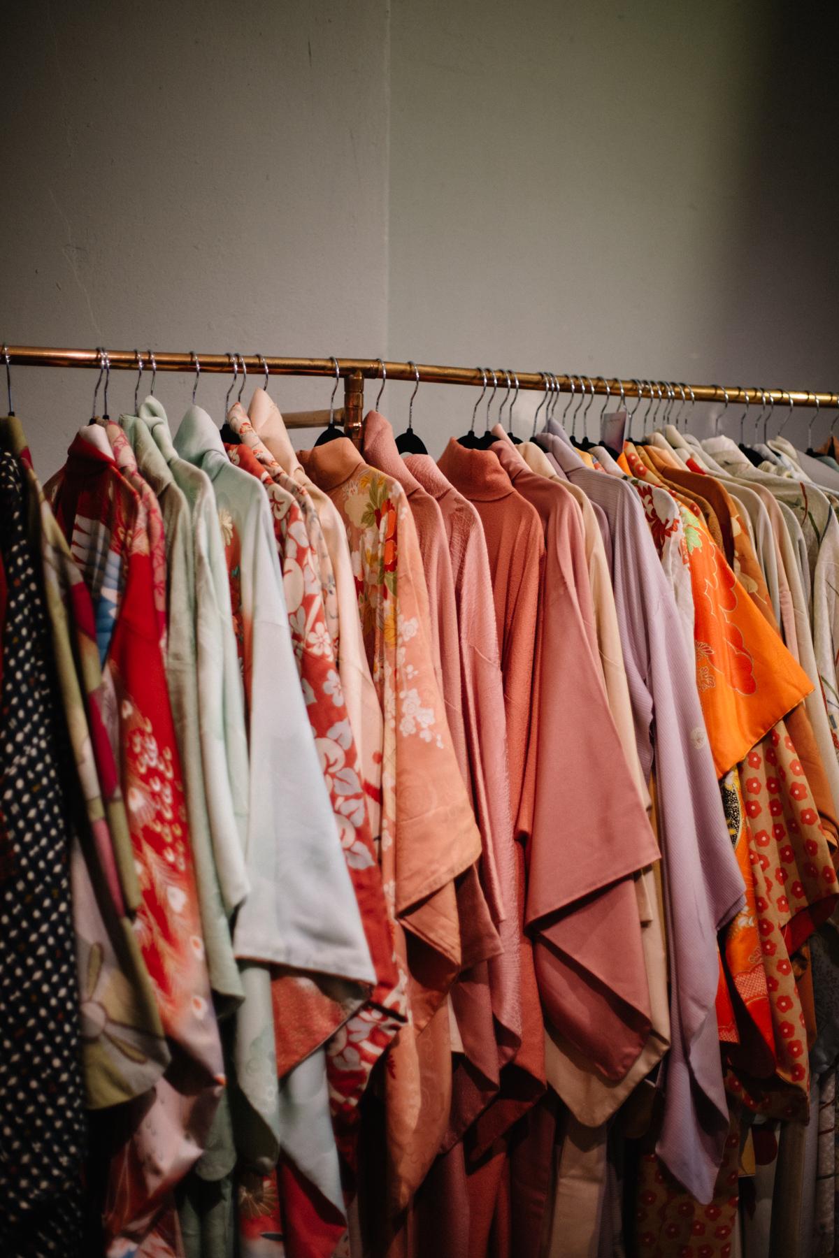 aura-vintage-kimonos.jpg