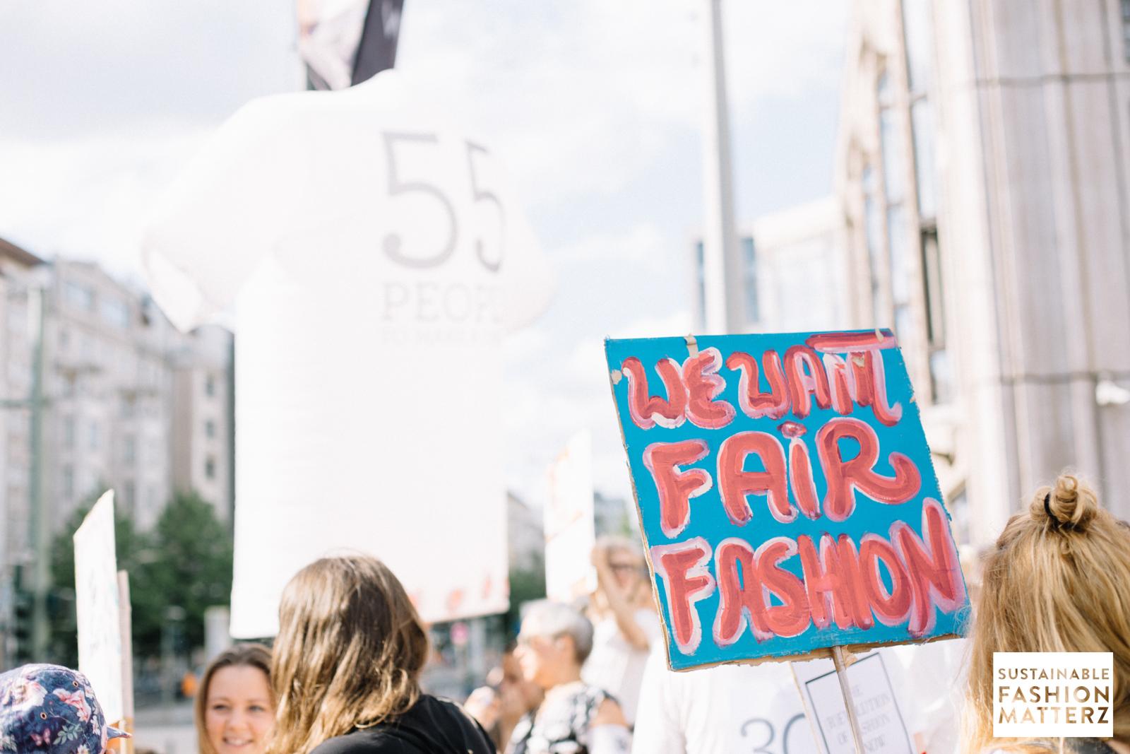 fashion-revolution-berlin-2019-35.jpg