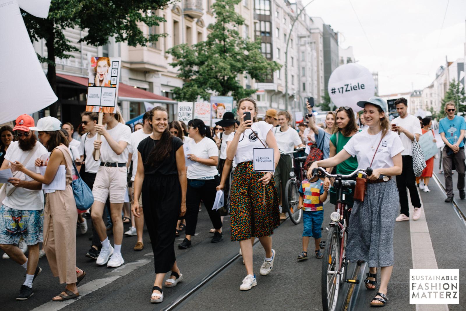 fashion-revolution-berlin-2019-37.jpg