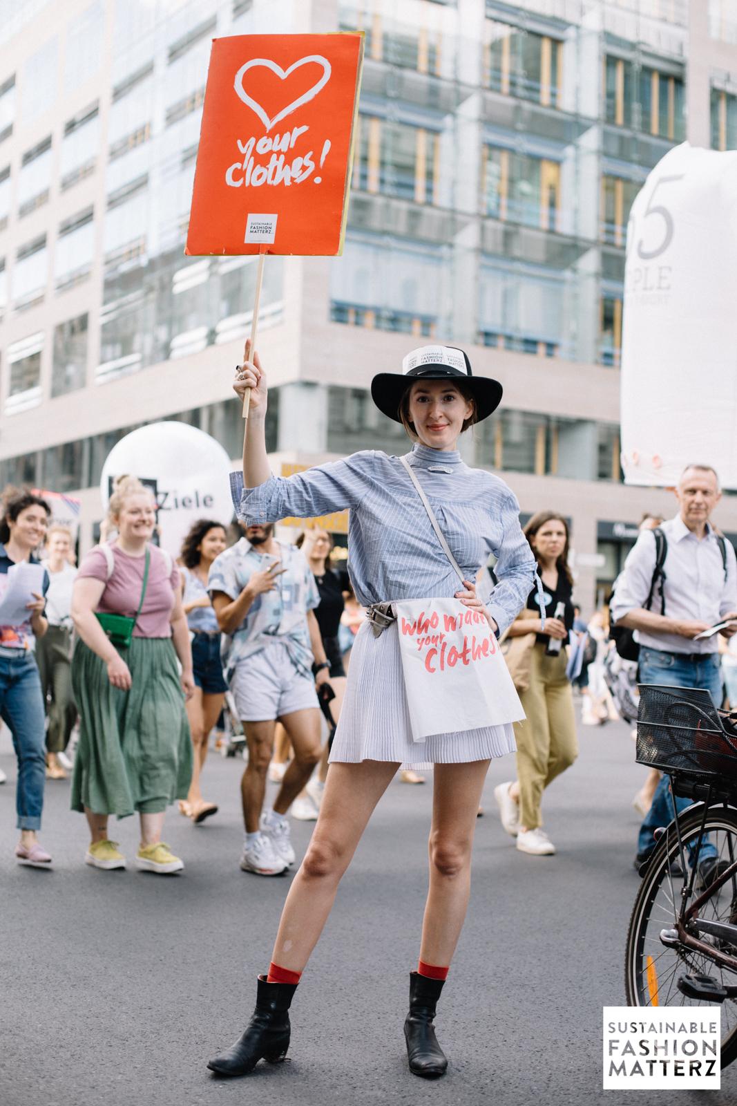 fashion-revolution-berlin-2019-56.jpg