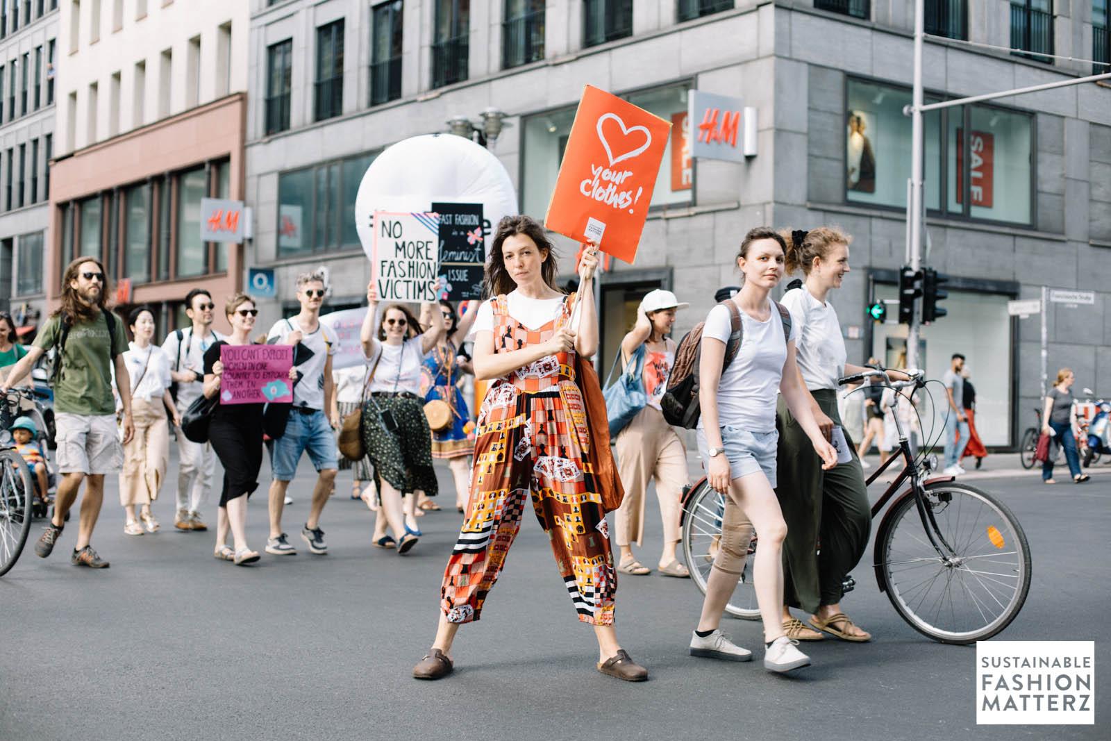 fashion-revolution-berlin-2019-57.jpg
