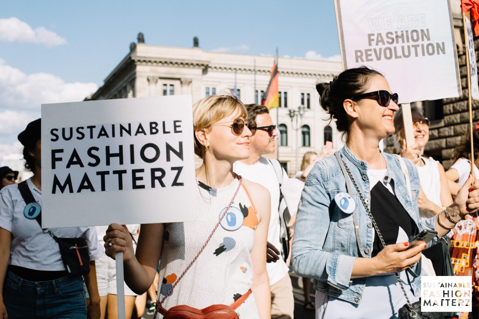 fashion-revolution-berlin-2019-81.jpg