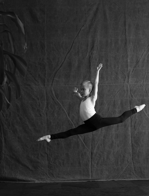 Ian_Ballet1914.jpg