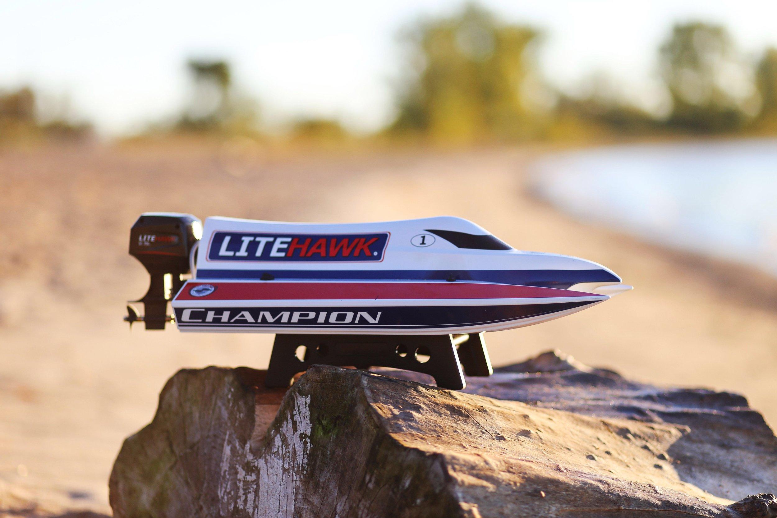 LiteHawk Champion (18).jpg