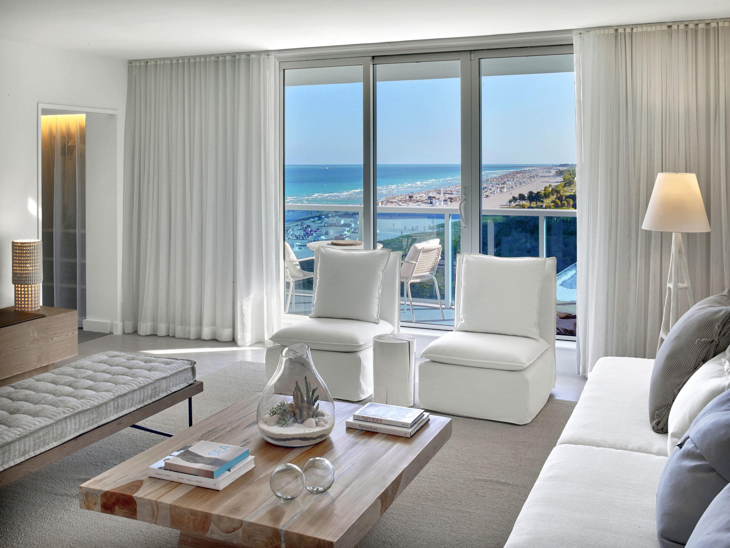 Suite-Ocean-View(small).jpg