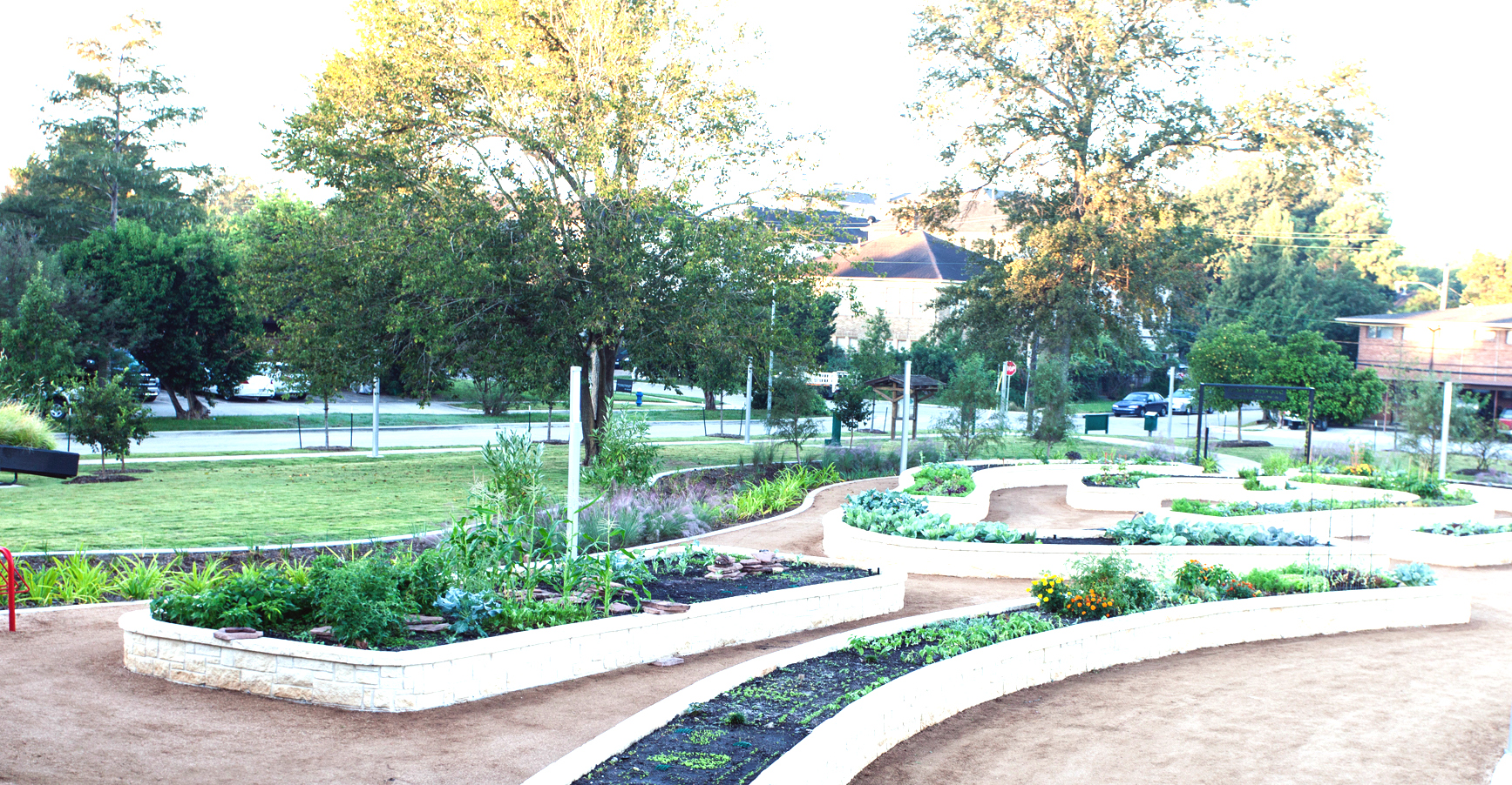 i deal neighborhood.  Community gardens, deed restriction, and 24-hour Sheriff patrol are bonuses of Mandell Place.