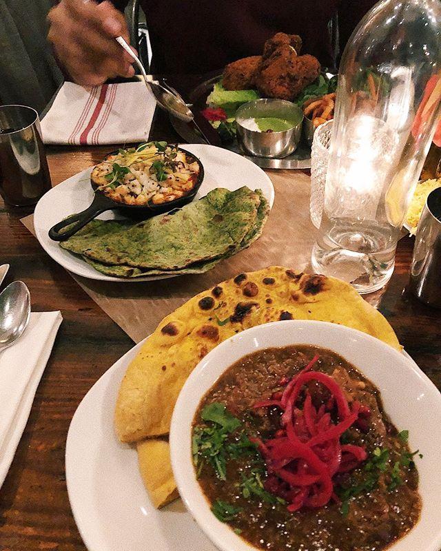 Finally got the chance to try @pondicheri last night and I'm still having a foodgasm. Oxtail nihari, crab roti, and masala fried chicken 😍 • • • • • #whoaskedashley #pondicheri #houstonrestaurants