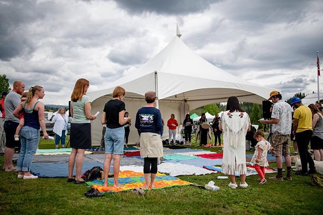 Indigenous People's Day community blanket exercise. 💕 Photo by Allistair Maitland #YouthForLateralKindness #EndViolence #IndigenousPeoplesDay #blanketexercise