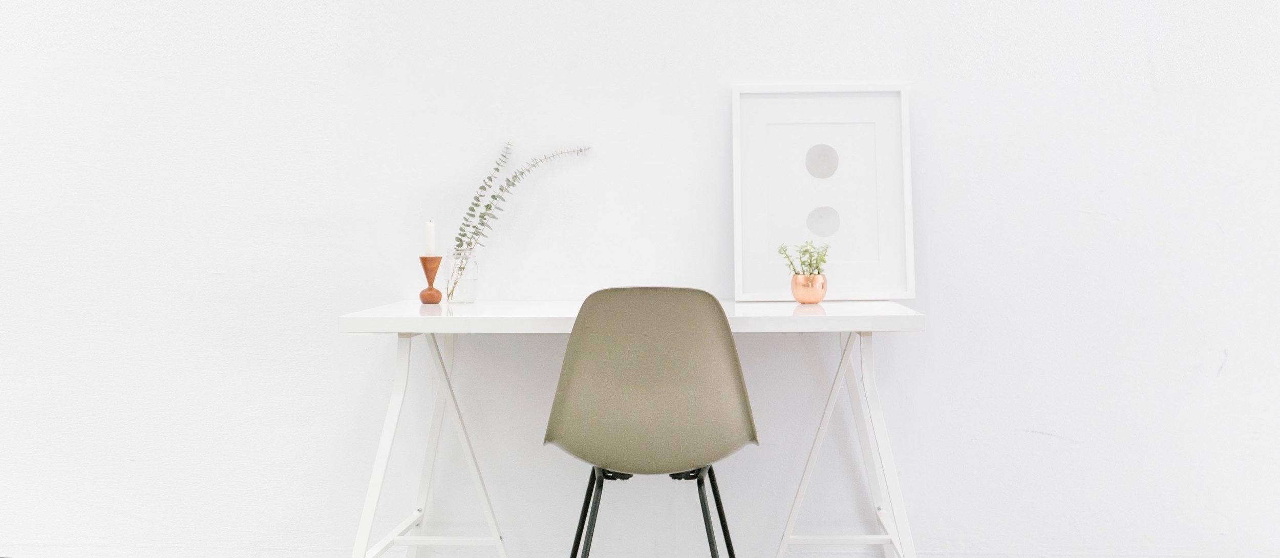 apartment-chair-contemporary-509922.jpg