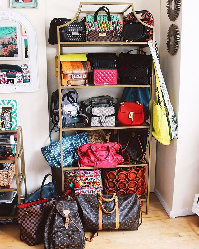 Life's all about options 😝🎒👛 (Special shout out to my first designer bag I purchased exactly ten years ago today- the LV monogram Neverfull in size MM 💛- for two years I asked for holiday gift cards and saved up my lifeguard money 😂 until I could afford my dream bag- wore it to the ground but will never ever ever get rid of it) #10YearCollection