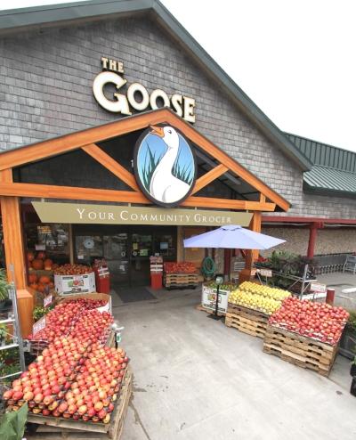GooseGrocerCropped.jpg