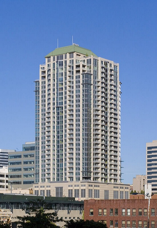 The Cosmopolitan Condominiums  250 Units — Downtown Seattle  Completed 2007