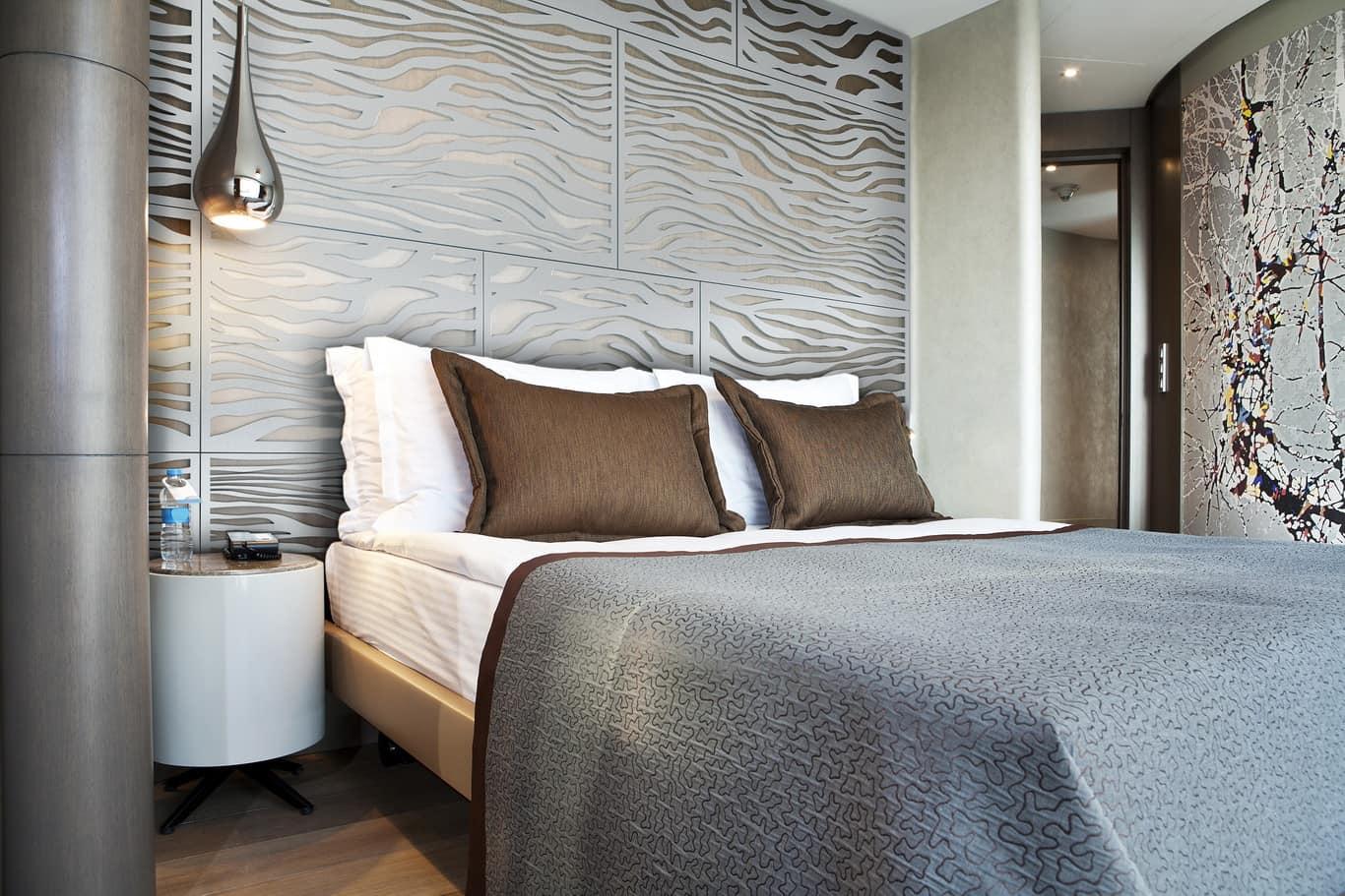 tableaux-decorative-grilles-residential-home-decor-interior-decorating-decorative-accent-elements-arcola-920-platinum-591-001.jpg