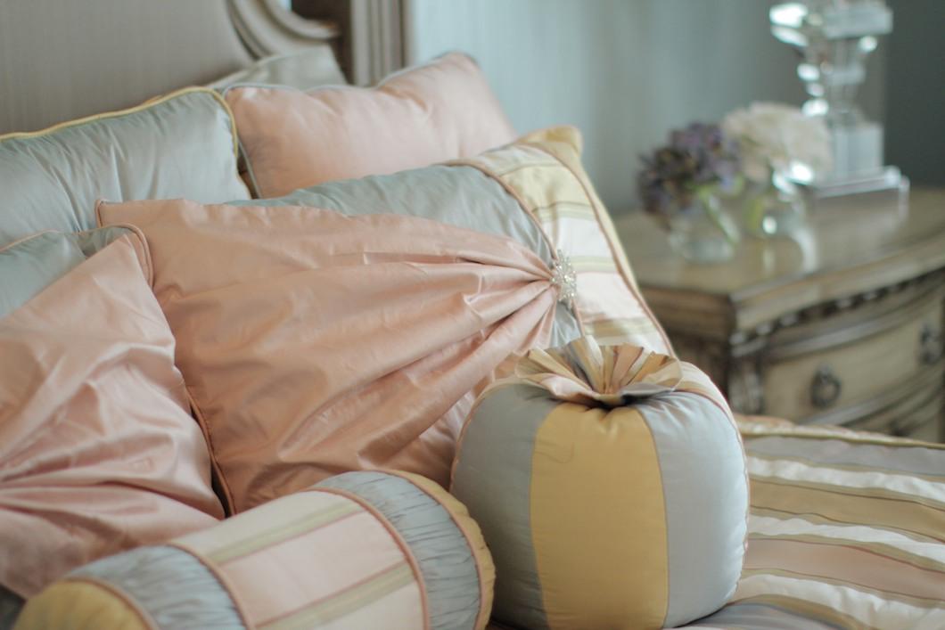 Canali Drapery Studio Custom Design Luxury Bedding and Pillows (265).jpg