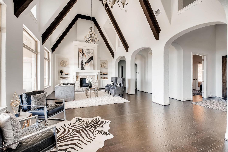 7847 Vanity Hill San Antonio-large-007-6-Living Room-1500x1000-72dpi.jpg