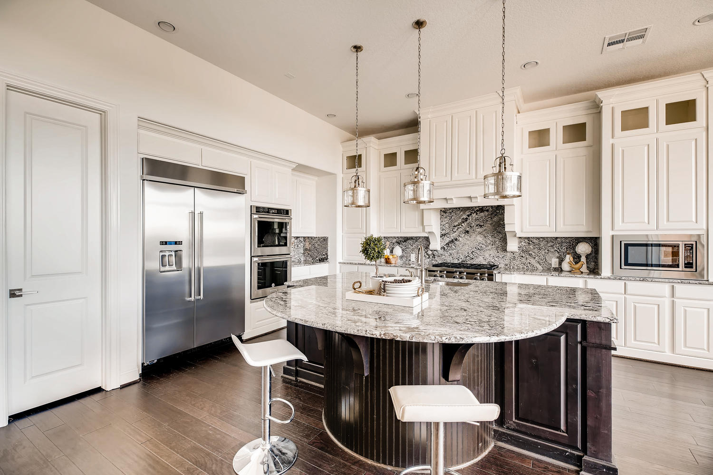 7847 Vanity Hill San Antonio-large-014-8-Kitchen-1500x1000-72dpi.jpg