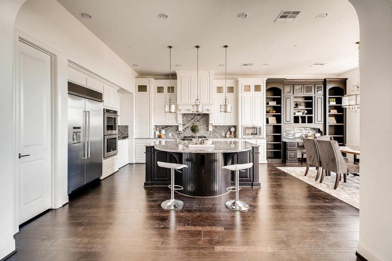 7847 Vanity Hill San Antonio-large-018-15-Kitchen-1500x1000-72dpi.jpg