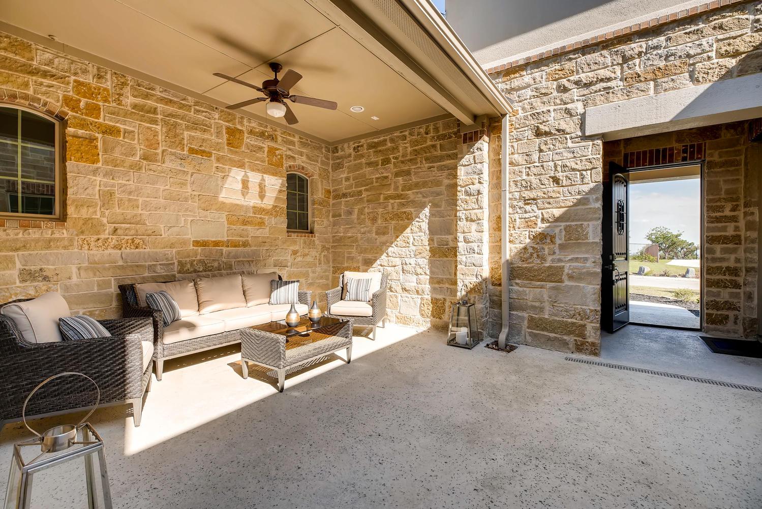 7847 Vanity Hill San Antonio-large-027-27-Courtyard-1500x1000-72dpi.jpg