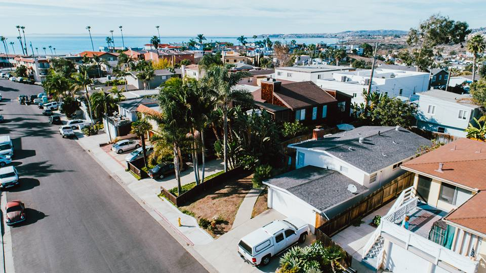 $870,000 | 220 AVE PELAYO | SAN CLEMENTE | REPRESENTED SELLERS