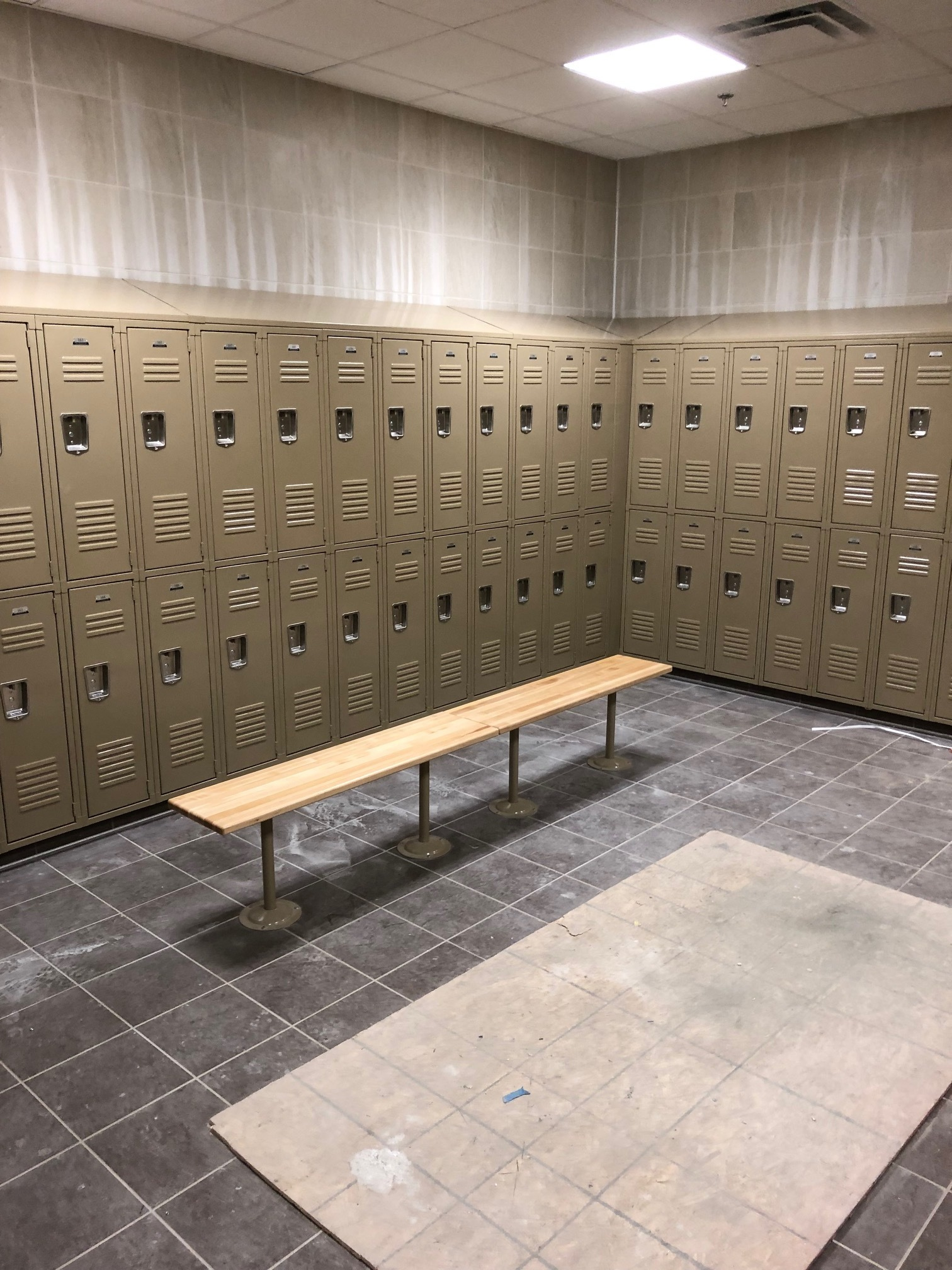 Locker installation