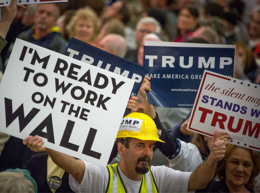 Trump supporters at a rally in South Carolina//Aron P. Bernstein, Getty Images