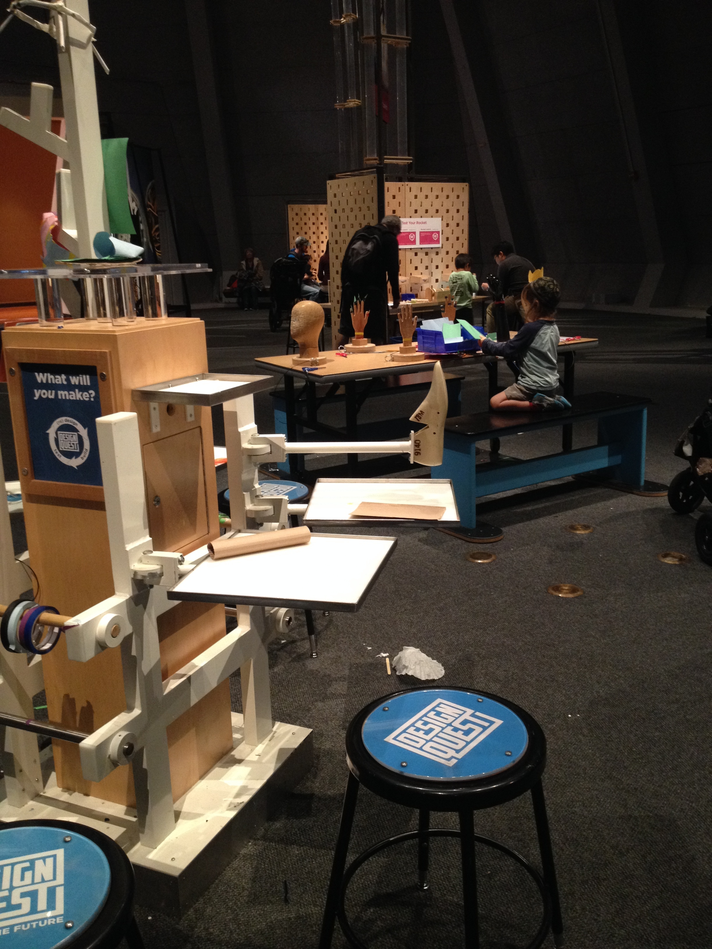 Makerspace at the  Lawrence Hall of Science : What will  you  make?