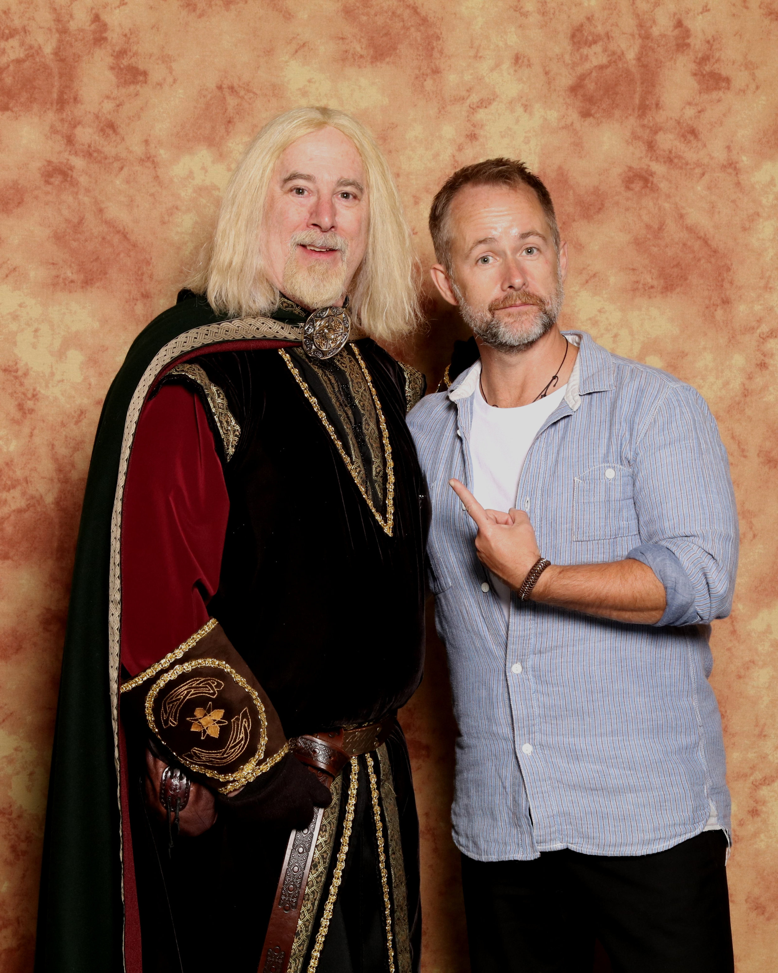 Billy Boyd and Theoden 1 (1).jpg