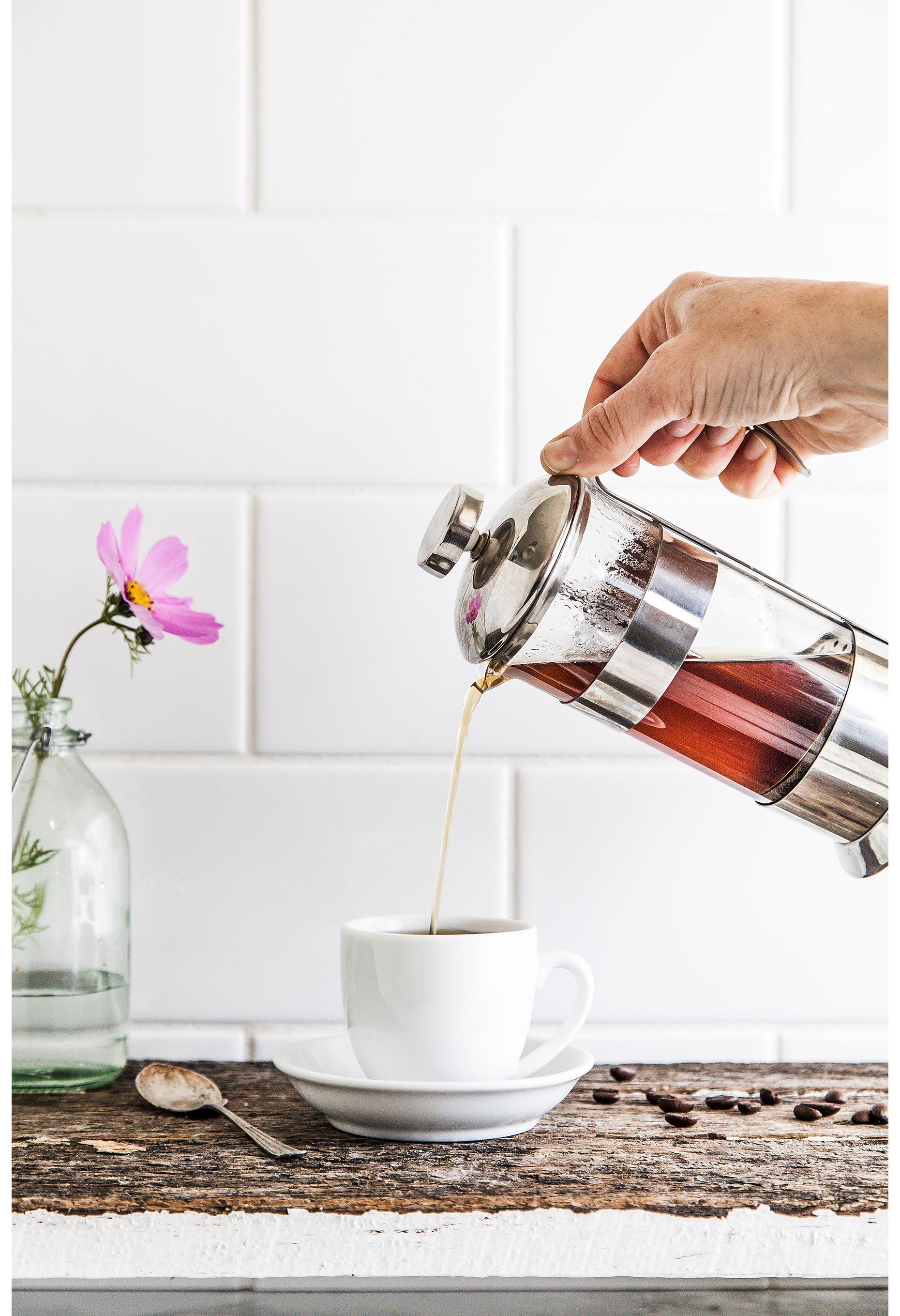 CoffeeTIme_Pour.jpg
