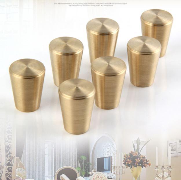 SIZE B - Brass Knobs