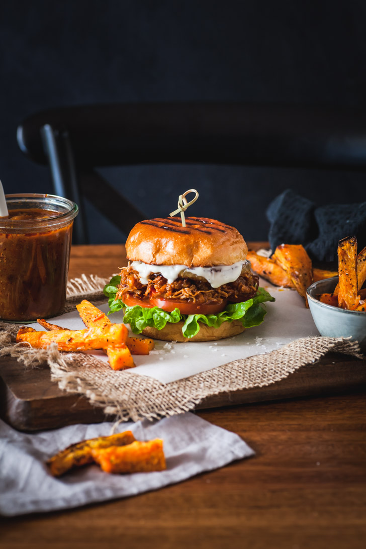 Slow Cooker Chipotle Hawaiian Chicken Burgers   The Whimsical Wife