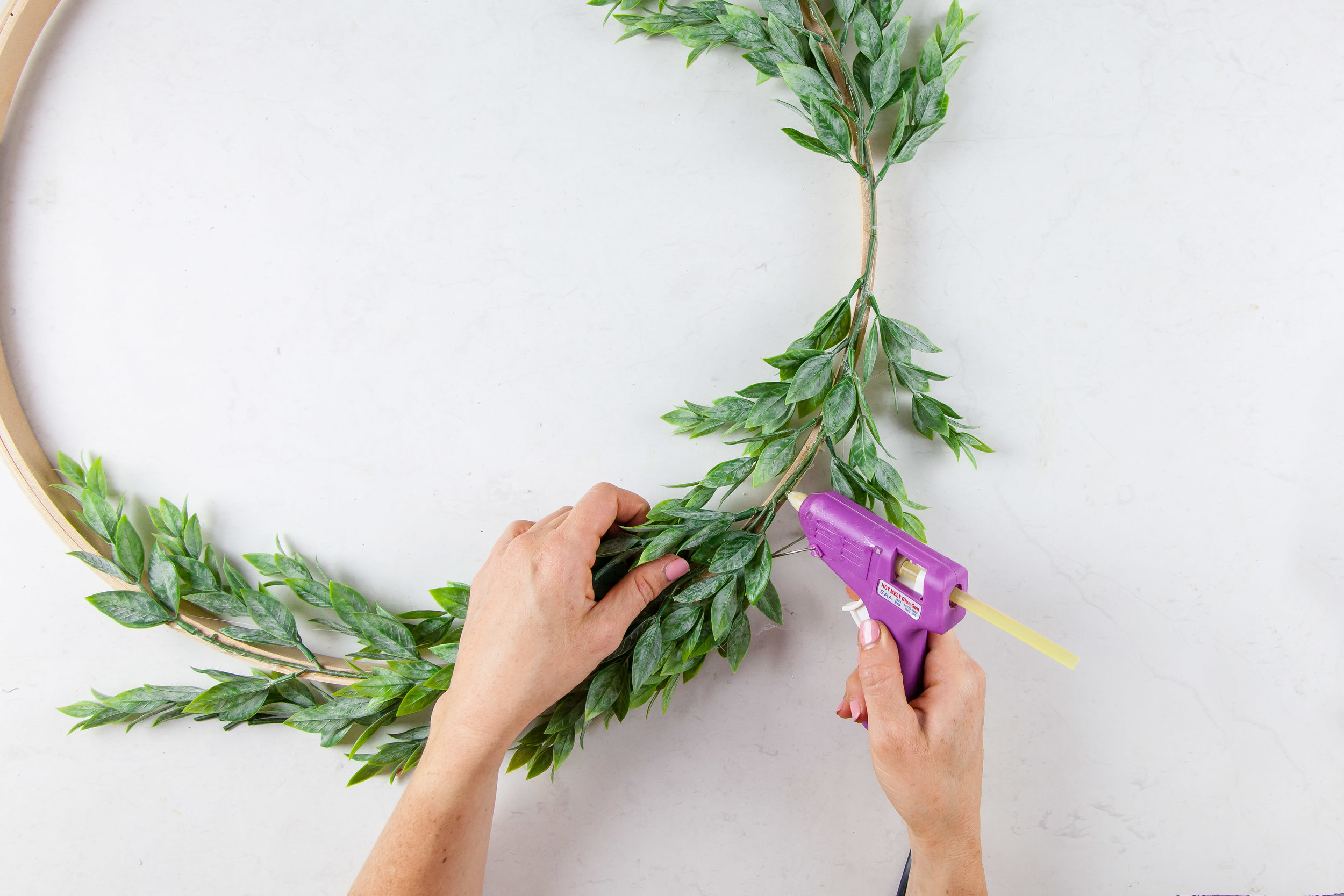 DIY Christmas Advent Wreath + Video | The Whimsical Wife