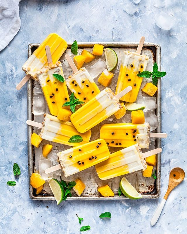Another sweltering day forecast for tomorrow in South East Qld. Hitting mid 30's so to avoid the afternoon cranky's from the kids ( and flustered, hot mumma) I'll certainly be whipping up a batch of these Mango, Passionfruit & Coconut Macadamia Popsicles to have on hand to give out during the heat of the day. It's always a great after school treat for those that are back at school tomorrow! Wahhhh I'm not looking for forward to the craziness of the school run again! 😞 Recipe to these popsicles are in the link in my bio ☝🏻 . . . . . . #feedfeed #foodflutter #thechalkboardeats #eattheworld #lifeandthyme #ofsimplethings #momentsofmine #mywhiteco #beautifulcuisines #betterhomesandgarden #sundaystylelove #taste #tastingtable #gatheredstyle #bloglovingfood #tastespotting #buzzfeast #morningslikethese #realsimple #veganeats #feedfeedchocolate #chasinglight #leftovermakeover #nomoreeggs #veganrecipes #springeats #veganeats #springbaking #summertreats