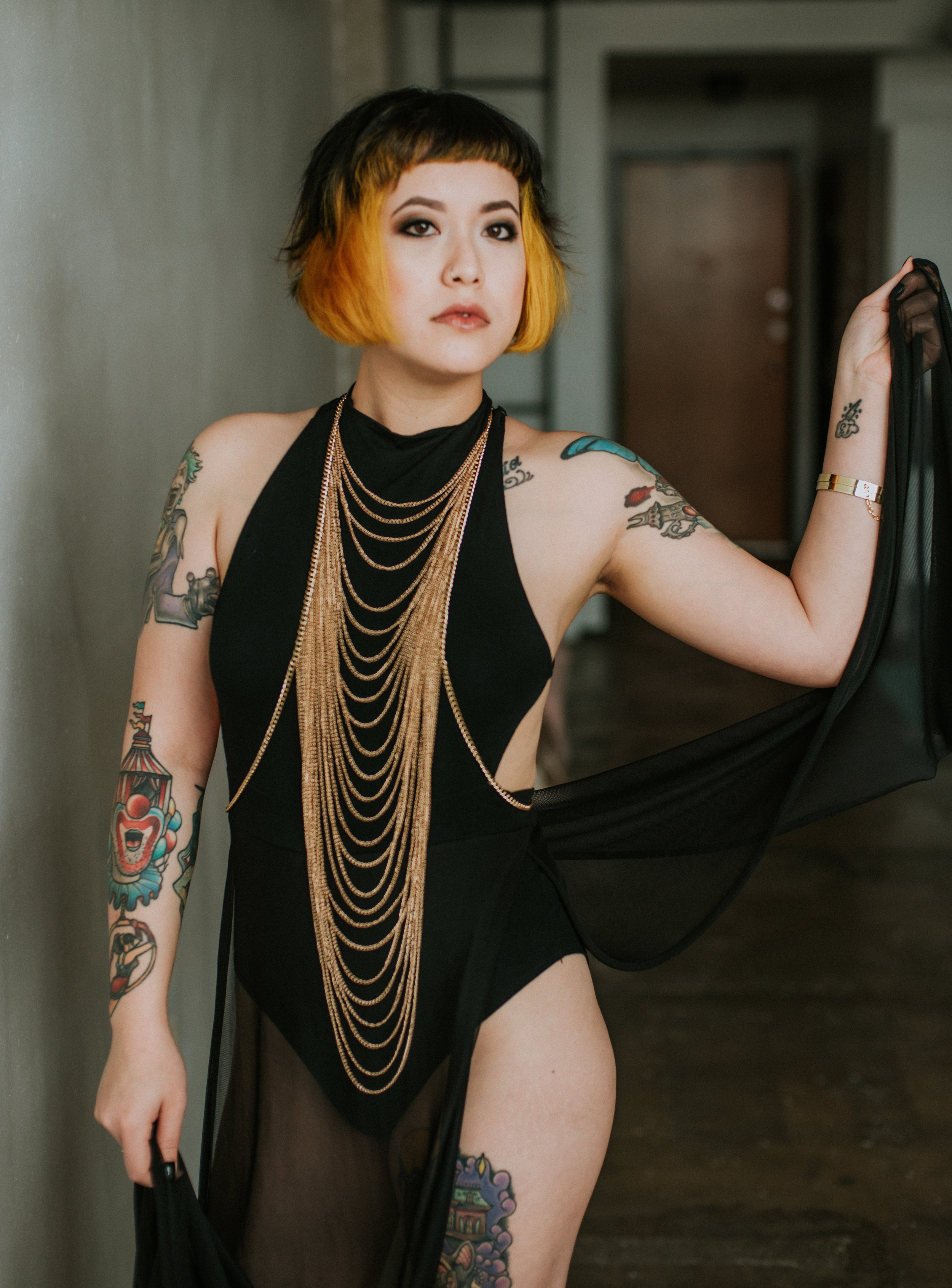 Dark beauty boudoir session in Dallas Texas