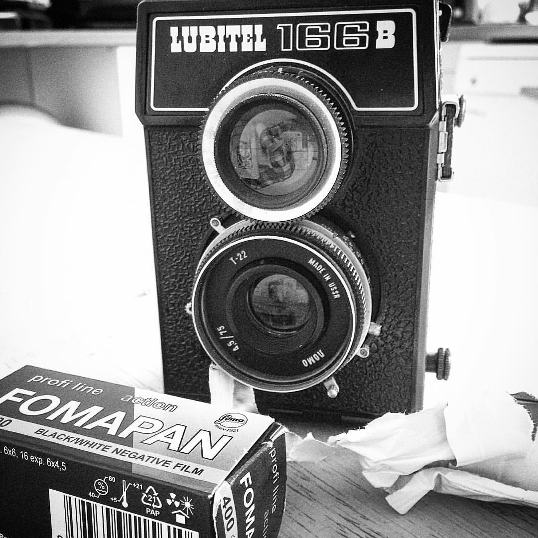 Off to shoot some #Portraits this afternoon. Check my stories for #TLR loading fun. #believeinfilm