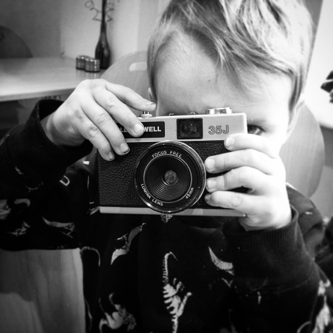 Start'em young. My smallest miniature human with a #Bell&Howell from @jeepersreefers, loaded with #Fomapan400