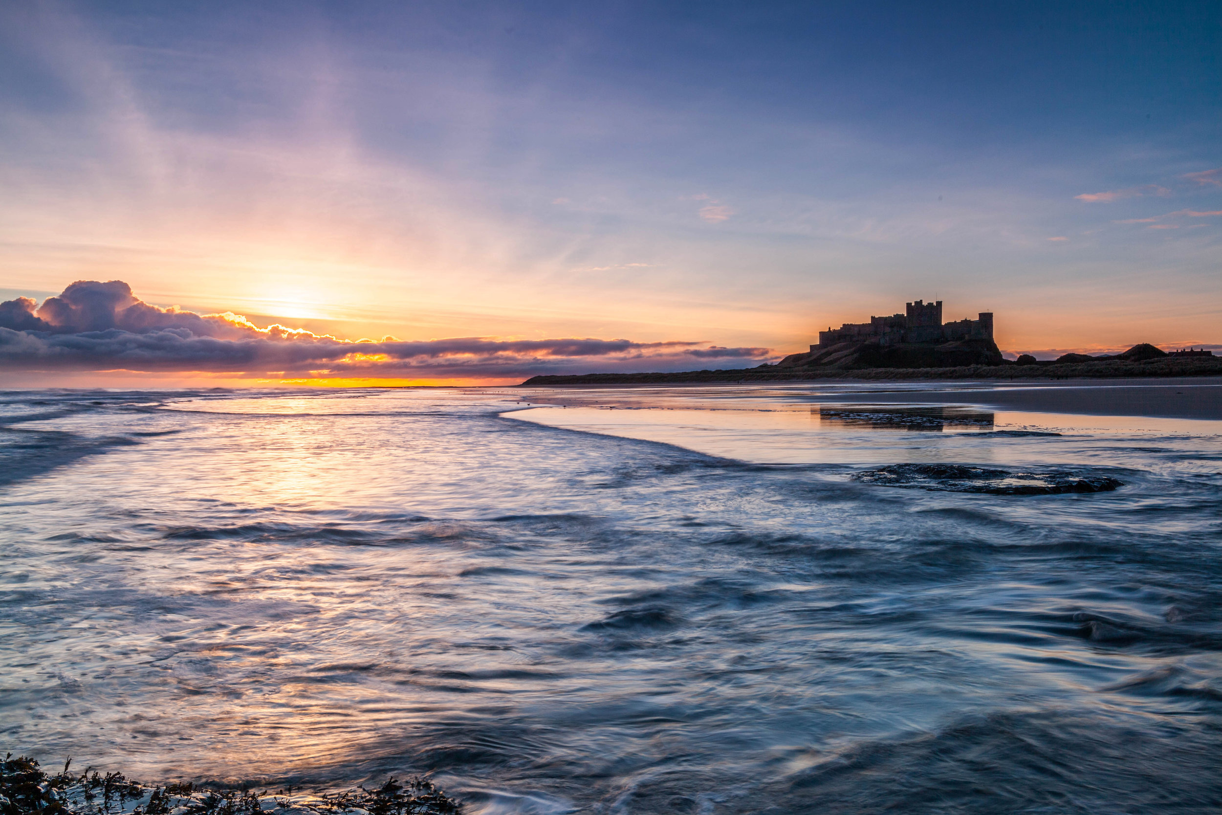 Here comes the sun, Bamburgh