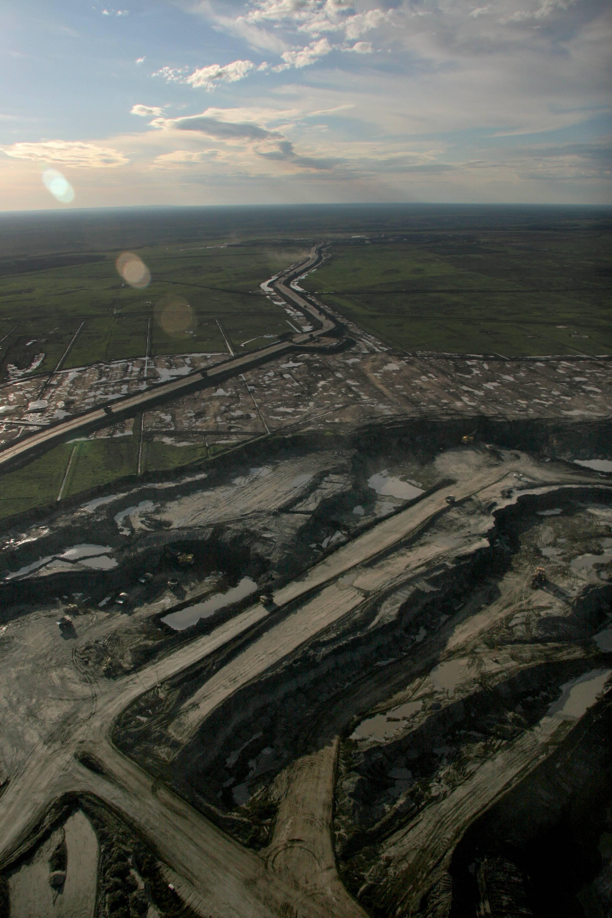Petropolis_Greenpeace_5.jpg