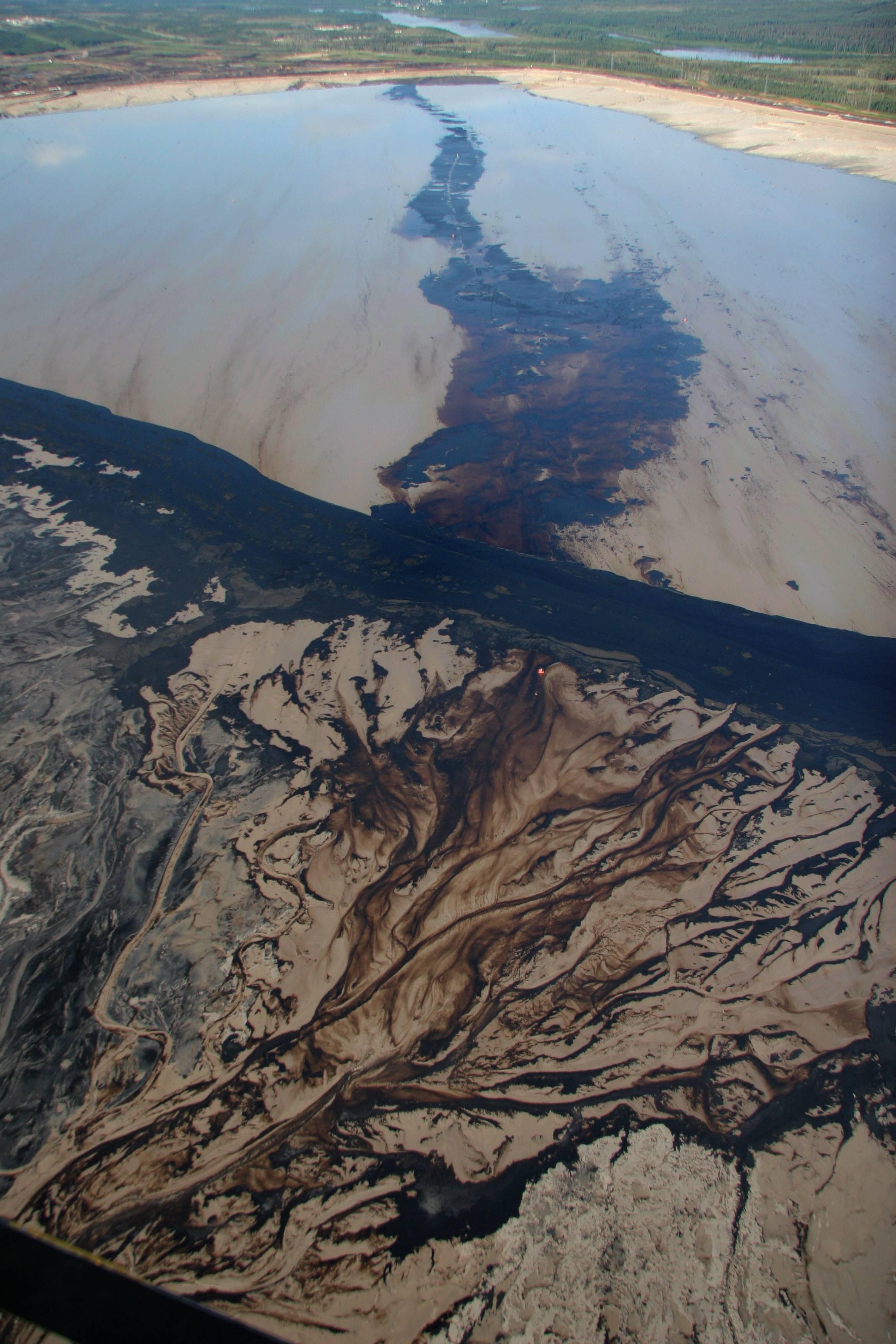 Petropolis_Greenpeace_11.jpg