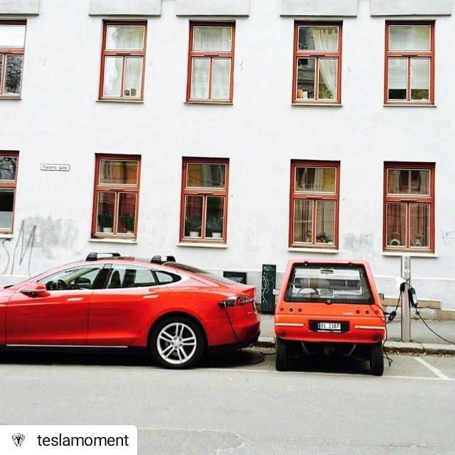 #Repost @teslamoment • • • • • California meets Norway ☺👉 #teslamotors vs #buddyelectric #teslamoment  Photo by @geirolavg
