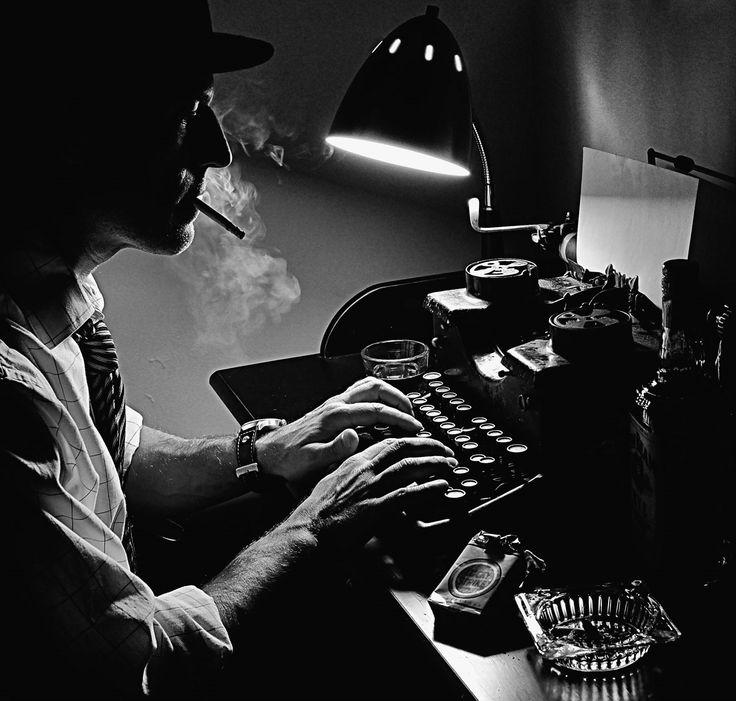 typewriter-noir.jpg