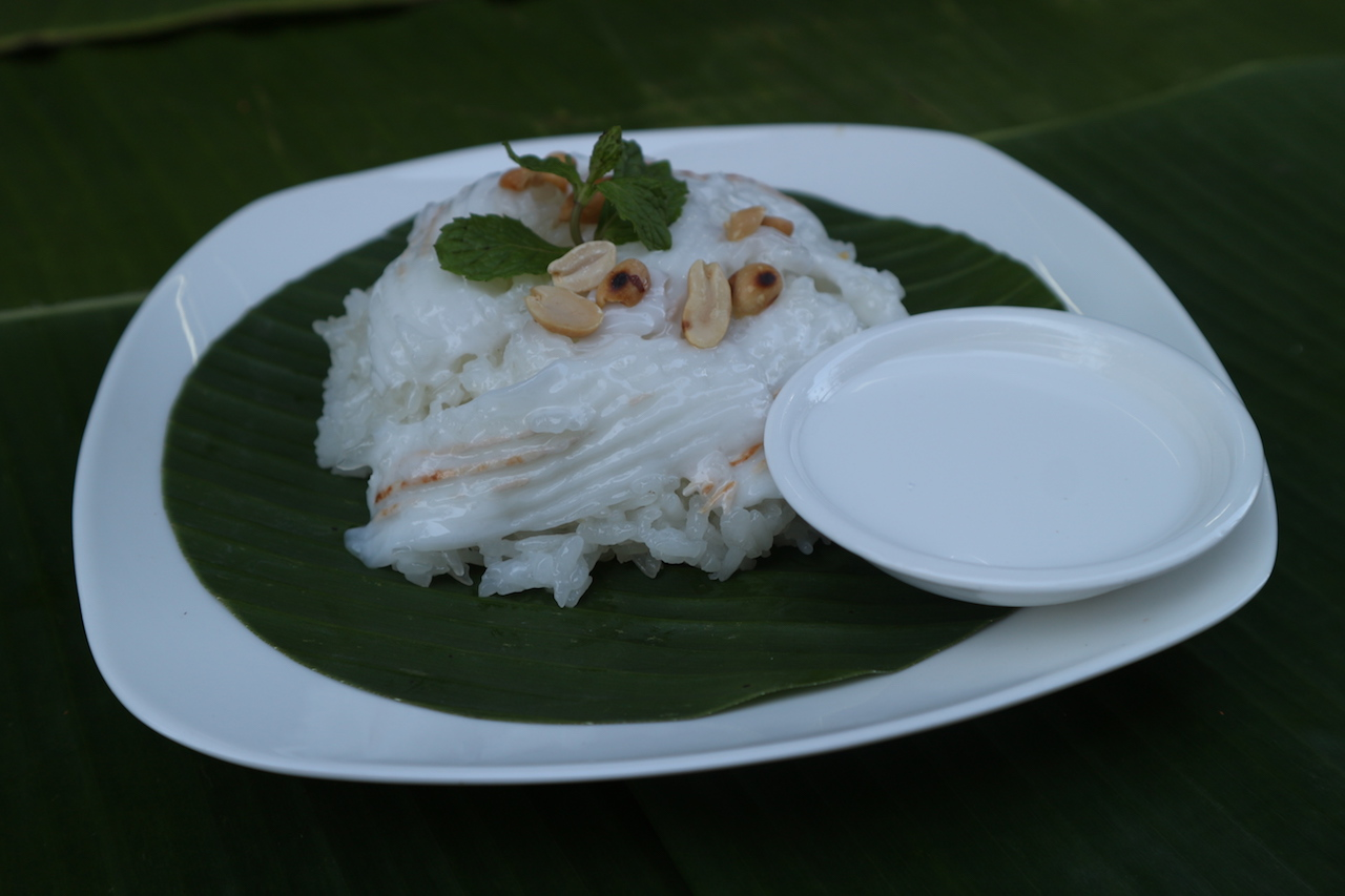 Sweet-Sticky-Rice-with-Coconut.jpg