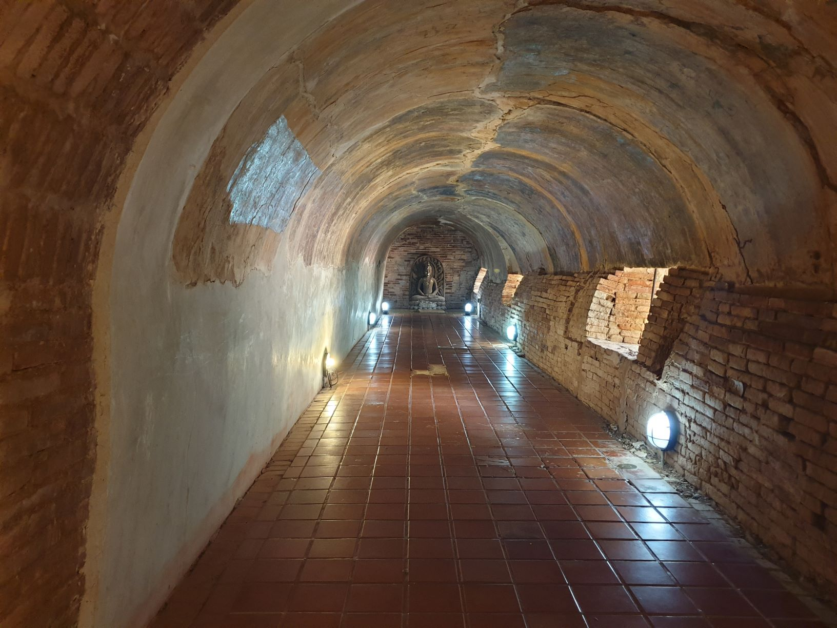 Meditation Tunnel at Wat Umong